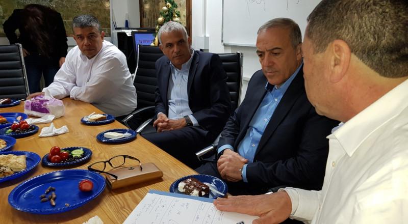 جلسة عمل لوزير المالية واكرم حسون في مجلس الرامة!