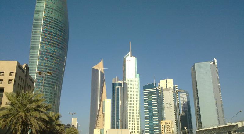 الكويت توكد فشل المساعي لحل الازمة بين قطر وجيرانها