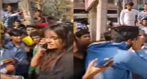 الهند: فتاة تمسك شاب من رقبته وتضربه بعدما تحرش بها