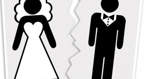 الطلاق يضرب مجدداً نجمات الدراما السورية