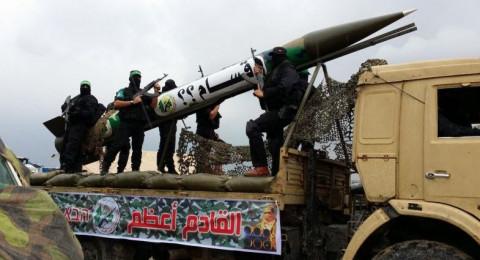 مصدر عسكري إسرائيلي: حماس تمتلك 15 ألف صاروخ بينها 1000 تصل الشمال!