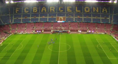 انزعاج في برشلونة بسبب توقيت مباراة لاس بالماس