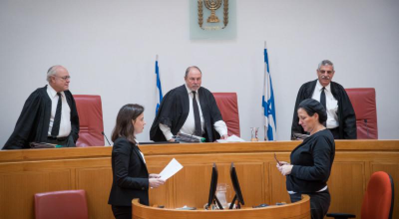 المصادقة على مشروع قانون منع رفع التماسات فلسطينية