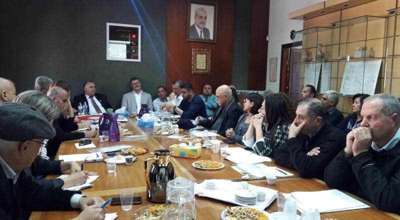 جلسة مطولة بين رئيس البلدية وادارتها ومدراء الدوائر والاقسام
