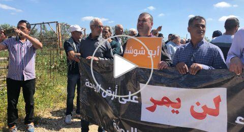 انطلاق مسيرة ذكرى يوم الارض على أراضي الروحة