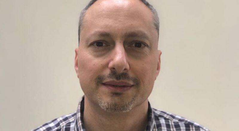 الدكتور عدي فرنسيس، مدير قسم أمراض القلب في مستشفى العائلة المقدسة: