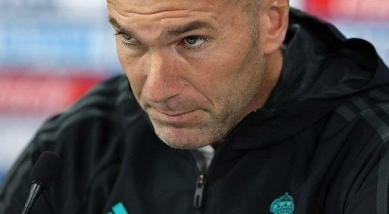 ريال مدريد ينتظر قرار زيدان.. فهل يستمرّ مع الملكي أم يغادر؟!
