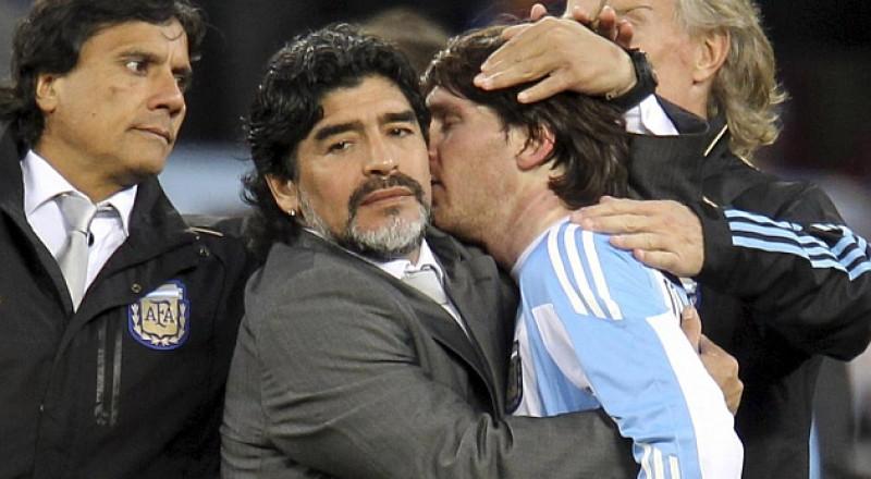 في حفل زفافه.. ميسي يحرج مارادونا !