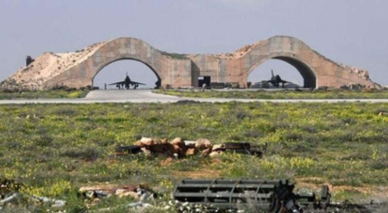 سورية تنفي استهداف مطارات في حمص وحماه