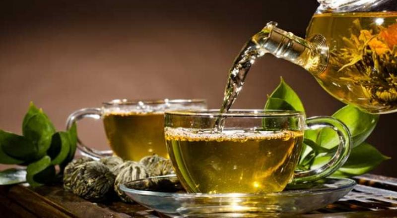 هذه المشروبات الـ 4 تجعلك تحرق دهون بعد شهر رمضان بسهولة!