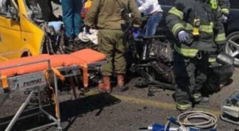 الرئيس عباس يقرر غدا الاربعاء يوم حداد على ارواح الضحايا الستة بحادث السير