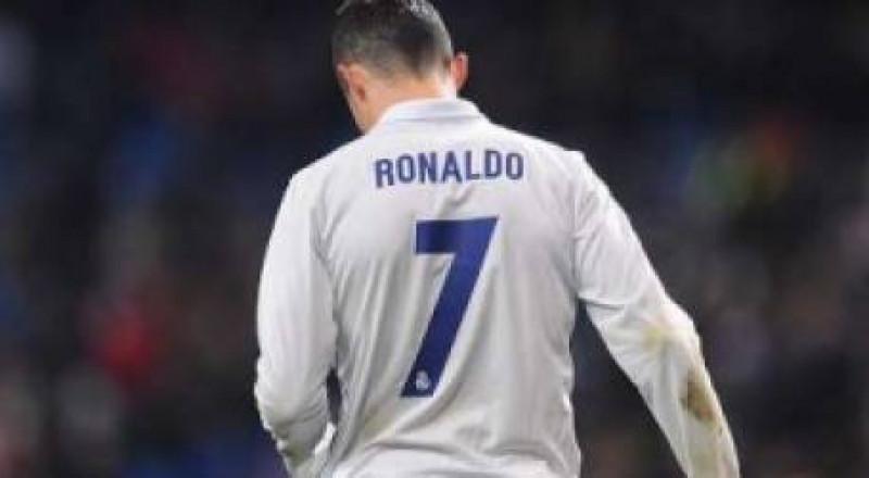 زعيم مدريد يحلم بالعودة الى مانشستر يونايند