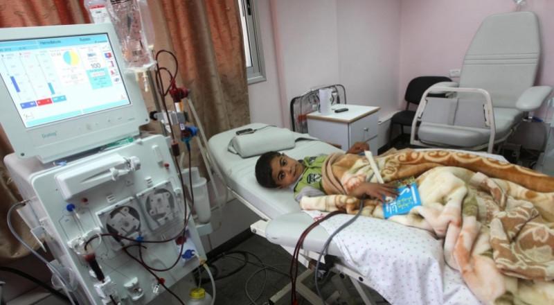 السلطة تحكم بالموت على مرضى السرطان في غزة