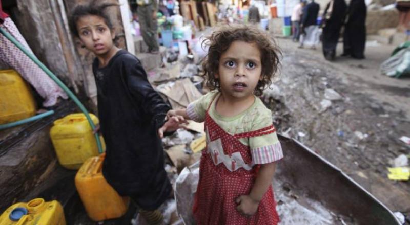 480 ألف طفل عربي مهددٌ بالموت جوعاً ومَرضاً