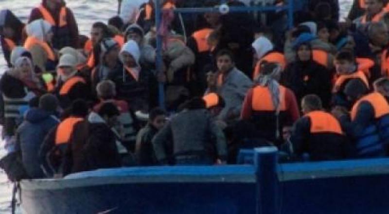إنقاذ اكثر من 8000 مهاجر قرب سواحل ليبيا
