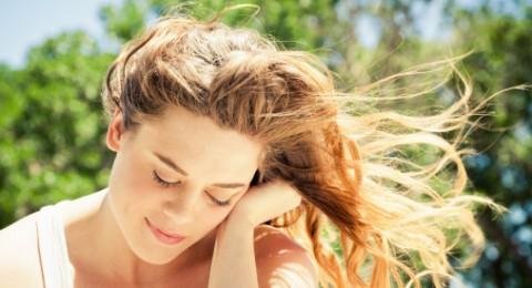 أشعة الشمس تحمي رأسكم من القشرة...