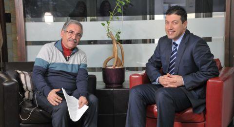البروفيسور سليم حاج يحيى يجري عملية قلب معقدة في فلسطين