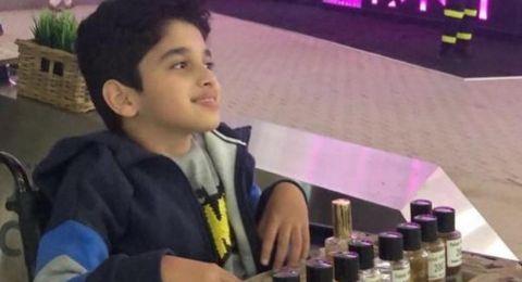 قصة طفل سعودي قهر إصابته بالشلل الدماغي