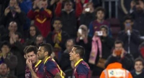 برشلونة يدك شباك ملقا بثلاثية