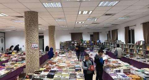 افتتاح معرض الكتاب في مدرسة البطريركية اللاتينية في الرينة