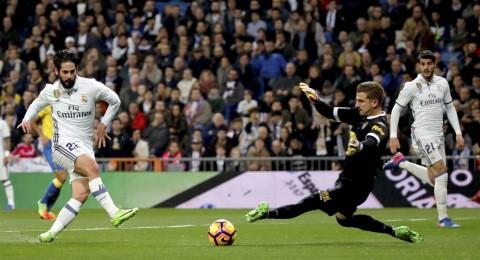 كريستيانو يقتنص التعادل لريال مدريد المنقوص من الكناري المتألق وخسارة الصدارة