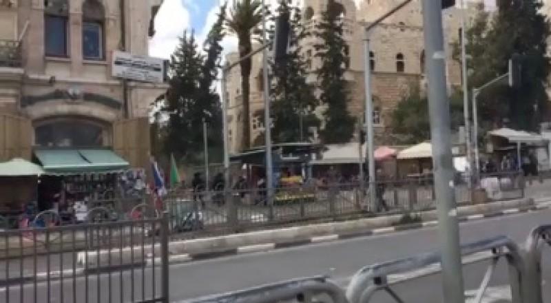 القدس: محاولة طعن ومقتل منفذ العملية