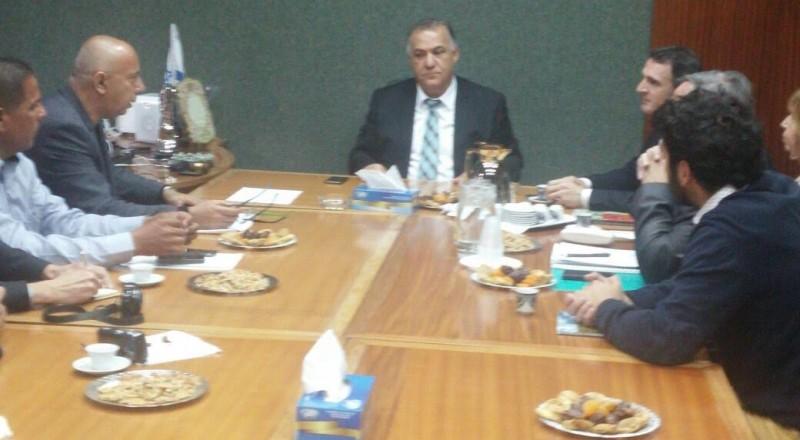 رئيس بلدية غرينوبل الفرنسية يزور بلدية الناصرة
