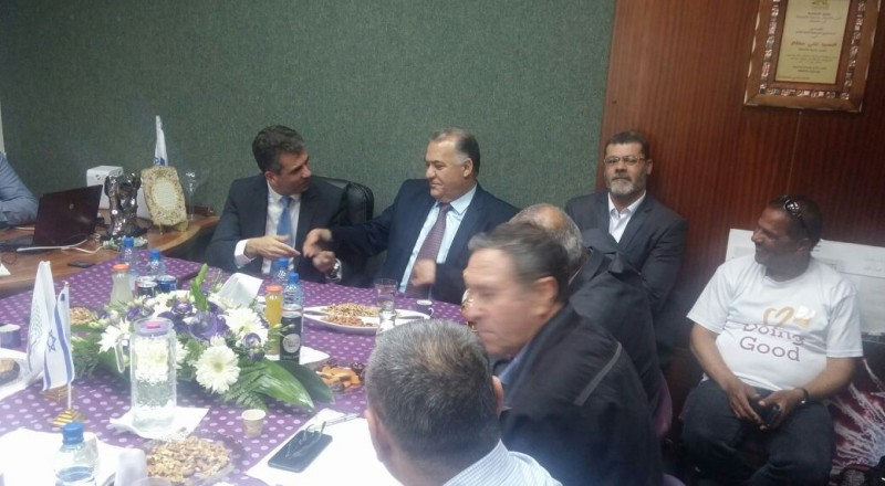 وزير الاقتصاد والصناعة آيلي كوهين في زيارة لبلدية الناصرة