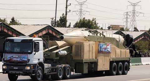 ضابط إسرائيلي: نقل الصواريخ الإيرانية إلى العراق ردّ على غاراتنا في سوريا