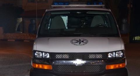 إصابة خطيرة لشاب في اللد .. الشرطة: أصيب خلال شجار عنيف