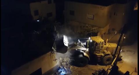 إسرائيل تهدم منزلًا لمنفذ عملية من قباطيه، واعتداءات جديدة للمستوطنين على الفلسطينيين