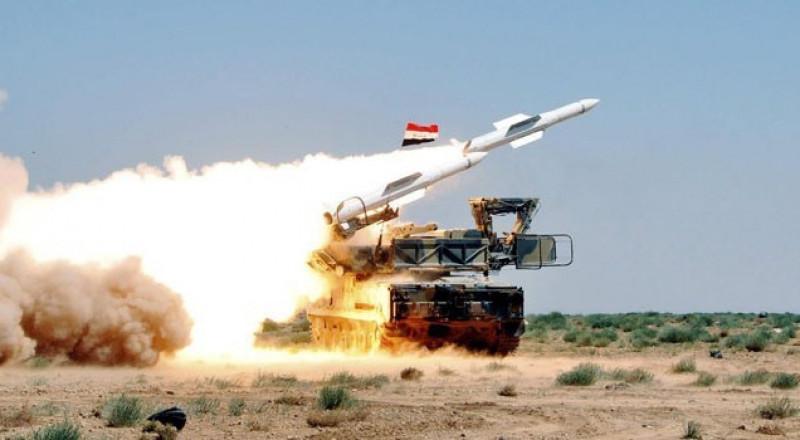مضادات الجيش السوري تتصدى لصواريخ اسرائيلية في ريف دمشق