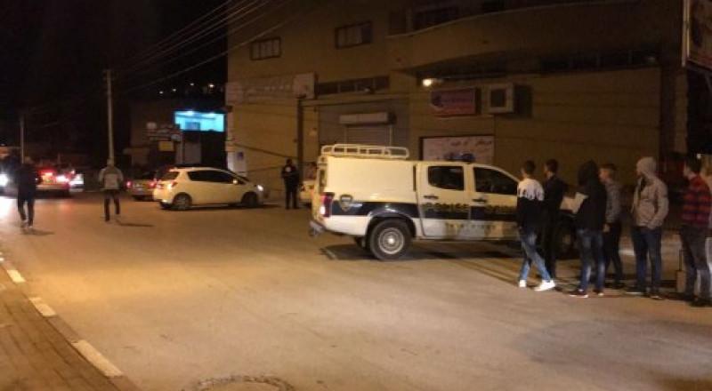 كفر كنا: اصابة 3 شبان أشقاء بعد تعرضهما للطعن من قبل جارهم