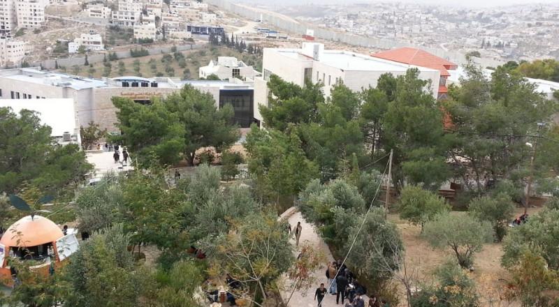 جامعة القدس الأولى على مستوى العالم العربي بالتأثير الاجتماعي