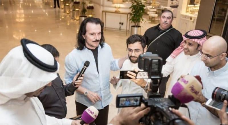 ياني يصل الى السعودية، لاحياء اولى حفلاته