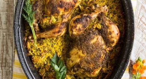 الدجاج المحشو بالارز، البازيلاء، الفول والثوم الاخضر من مجلس تربية الدواجن