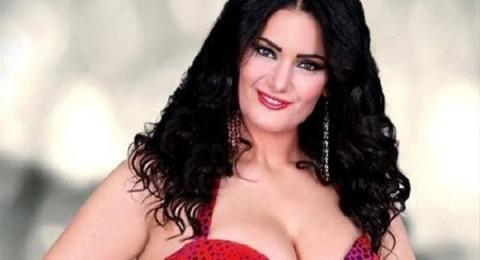 سما المصري تنشر صورها شبه عارية على إنستجرام