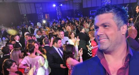 فارس كرم ونجاح كبير في دبي بحضور الوزير بو صعب وجوليا بطرس!