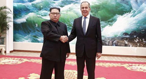 وزير الخارجية الروسي يلتقي زعيم كوريا الشمالية كيم جونغ أون في بيونغ يانغ