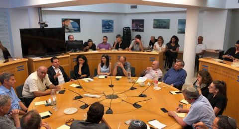 النائب عودة يحاضر أمام إدارة وطاقم المعهد الإسرائيلي للديمقراطية