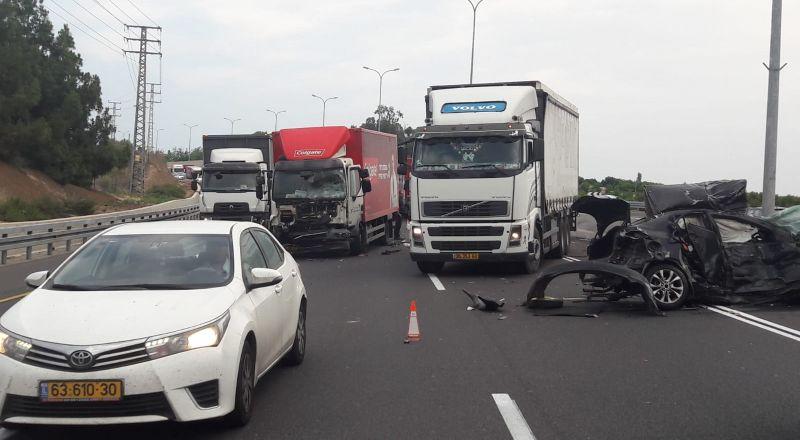 مصرع شاب وإصابة آخرين بحادث مروع على شارع الساحل قرب نتانيا