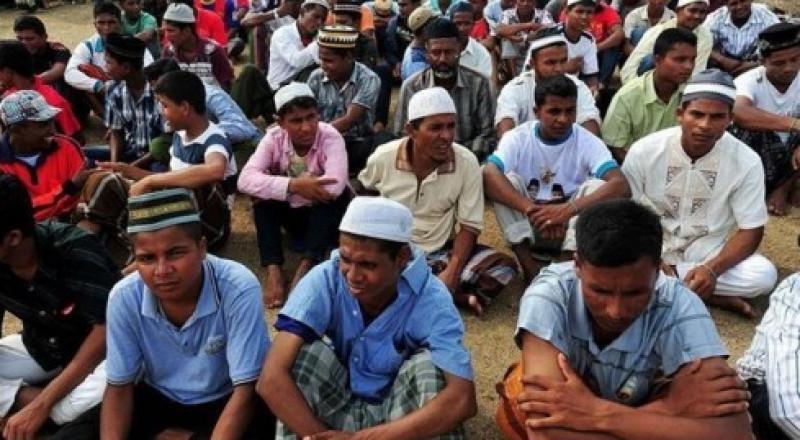 ميانمار.. إجلاء أكثر من 4 آلاف من غير المسلمين
