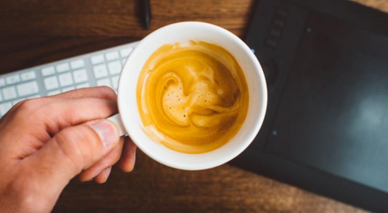 كيف تؤدي القهوة إلى زيادة الوزن؟