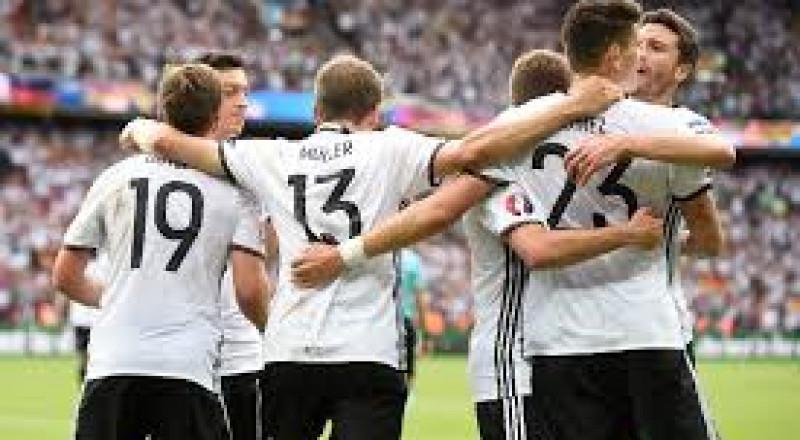 المنتخب الألماني يطرق أبواب مونديال روسيا