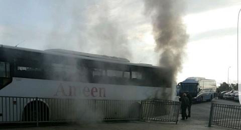 حريق بحافلة مدرسية وإصابة طالبين من صندلة