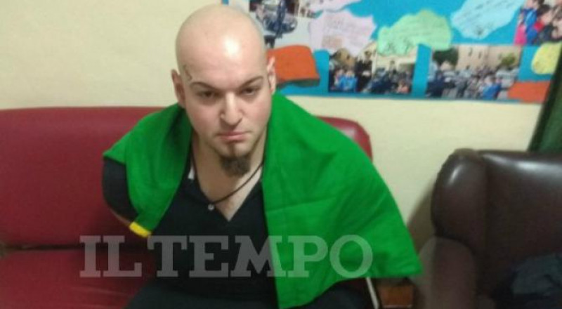 إيطاليا: إصابة 4 أشخاص في إطلاق نار من سيارة