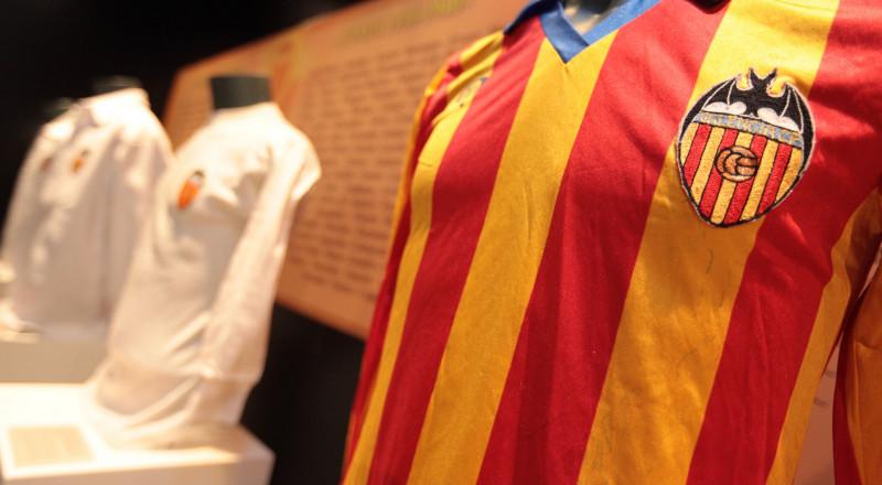فالنسيا يفقد 3 أسلحة أمام برشلونة