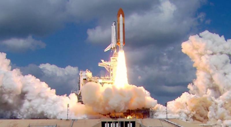 اليابان تطلق أصغر صاروخ حامل للأقمار في العالم