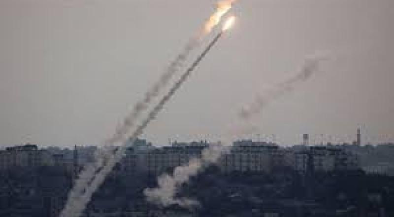 إطلاق صاروخ من غزة اتجاه اسرائيل