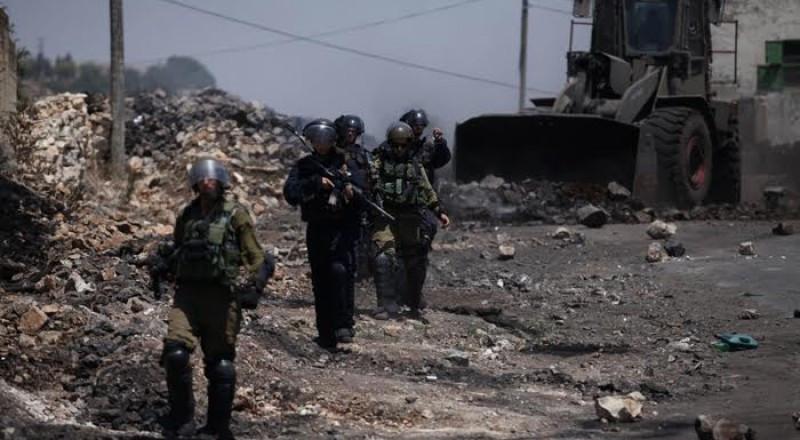 إصابة 15 فلسطينيين برصاص الاحتلال على حدود غزة